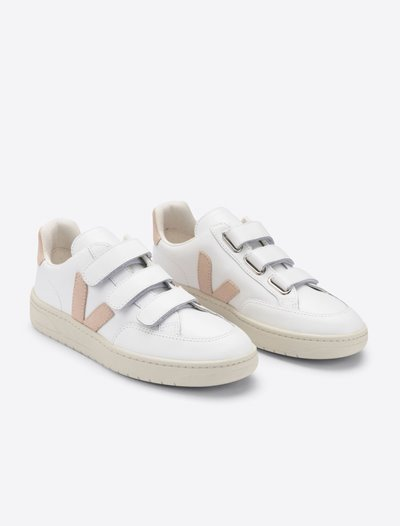 V Lock Trainers - White/Sable